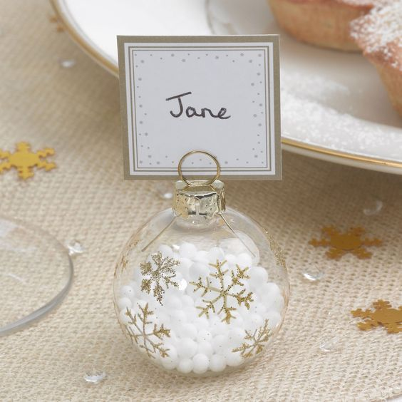 Wedding favours DIY festive baubles