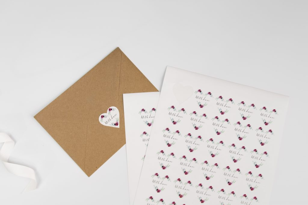 Heart shaped wedding stickers